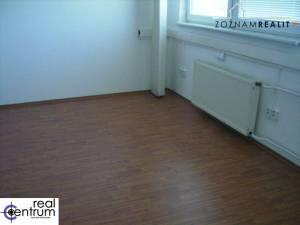 Kancelária na Panónskej ceste 33 m2, 3.p.