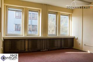 Kancelária 2i - Kopčianska -19 m2 + 25 m2 - 3. poschodie