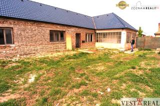 Predané- na predaj 5-izbový RD v centre obce Zavar, okr.Trnava