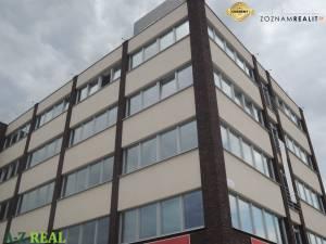 Kancelárie 32, 45m2-260-520 m2 v novej budove na Ulici Svornosti