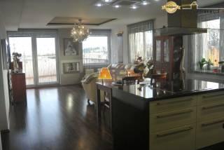 Predaj luxusného bytu (200 m2) v centre Zvolena