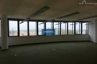 Kancelárie Bratislava-Petržalka Rontgenova 400 m2