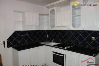 4-izbový byt na prenájom, Vráble – Lúky, 87 m2, 2. poschodie