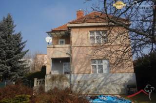 Dom na predaj v úplnom centre mesta Vráble