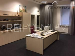 Prenájom kancelarii, Gorkeho,Bratislava I,105m2, 1000,- + energie +dph