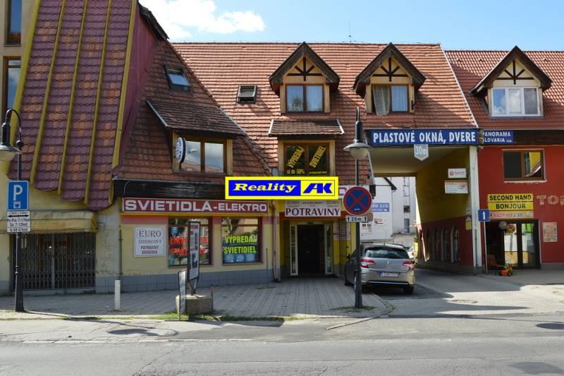 4a554b1eb Na predaj nebytové-obchodné priestory + veľký 5 izbový podkrovný byt ...