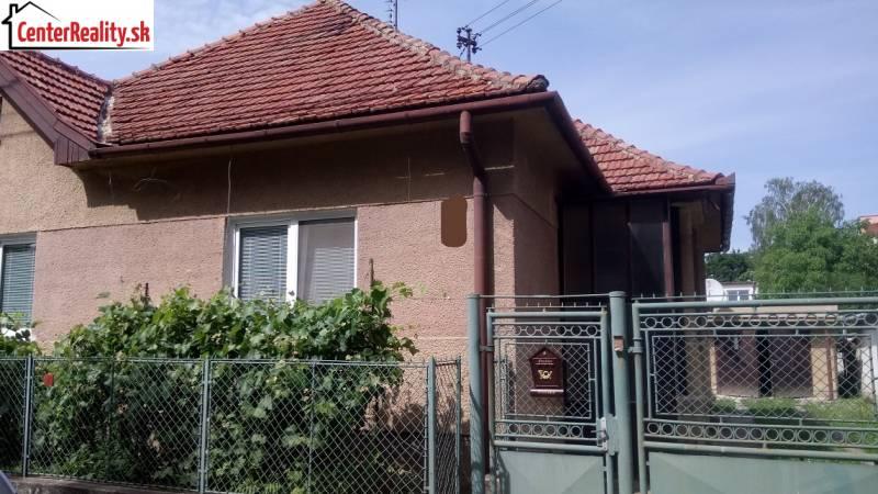f3e3c4fd3 NAJNOVŠIA PONUKA !!! Rodinný dom na predaj, Bošany - okres ...